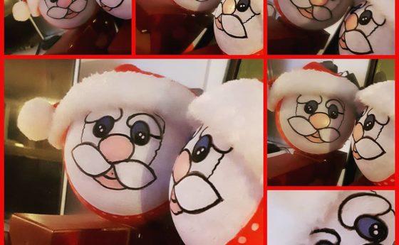 Oh oh oh nouvelle boule de Noël en cours pour le marché de Noël de A L'ASSAUT à …