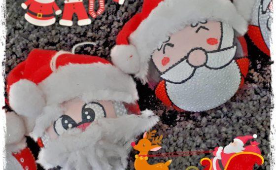Les 2 petits nouveaux de la famille Père Noël fin prêts